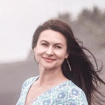 ANNA LUBASZKA